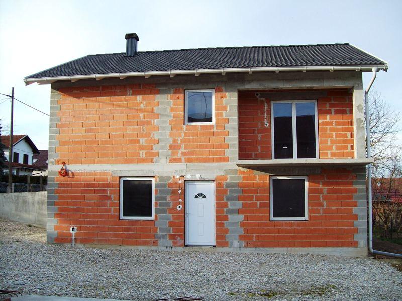 Nedovršena obiteljska kuća, Koprivnica
