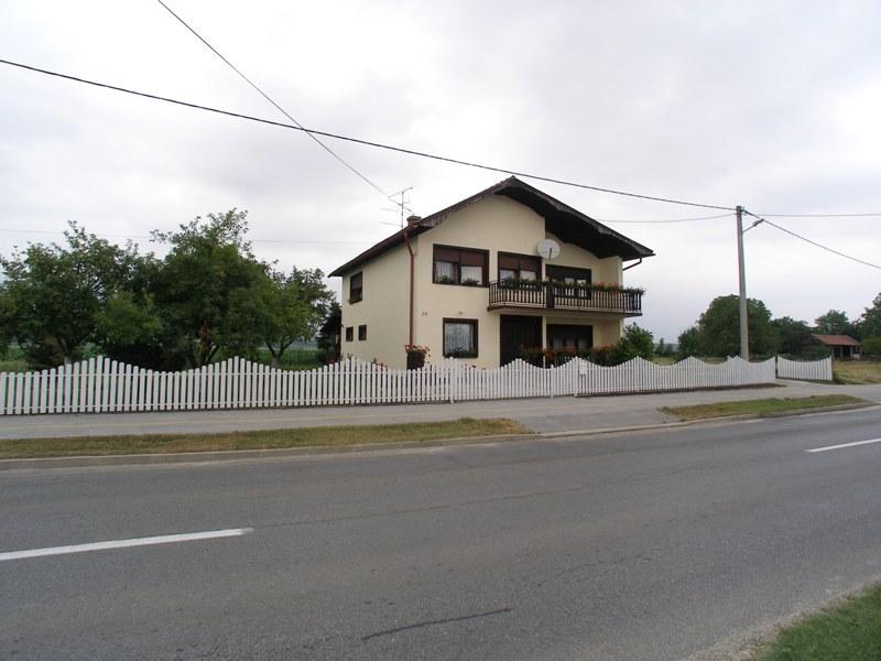 Obiteljska kuća u predgrađu - Koprivnica