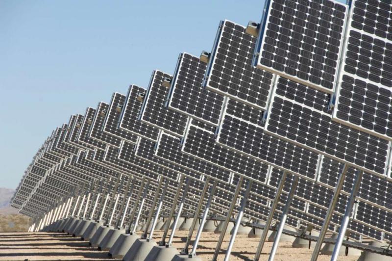 Stranci plaćaju krovove za solarne ćelije