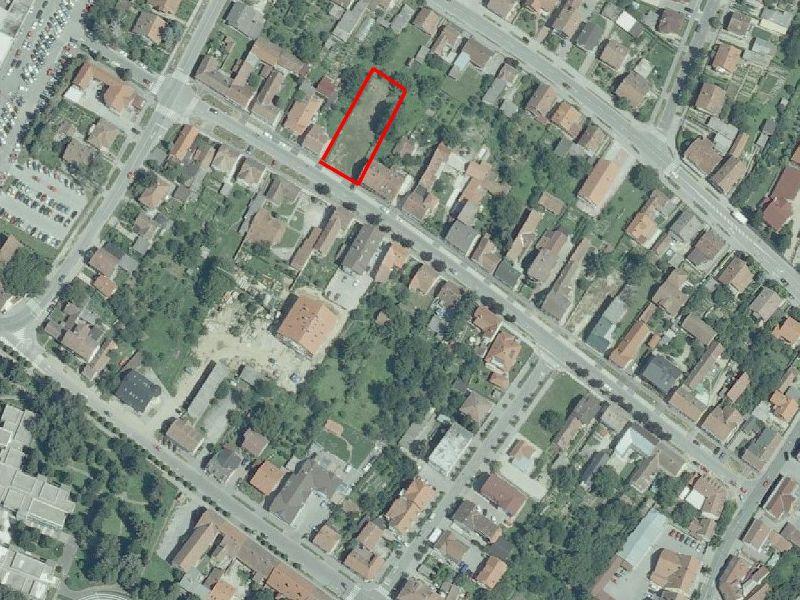 Atraktivna građevinska parcela u Dugoj ulici