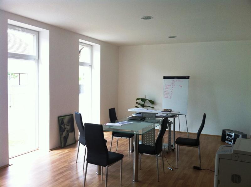 Izvrsno lociran poslovni prostor u centru 105 m²